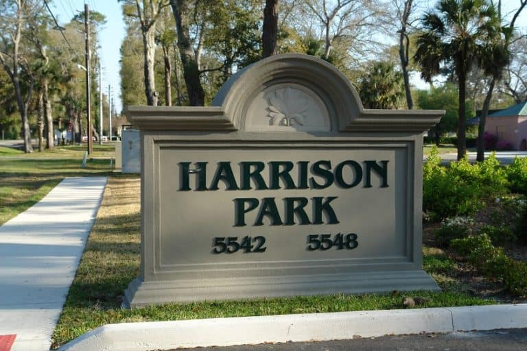 Harrison Park sign