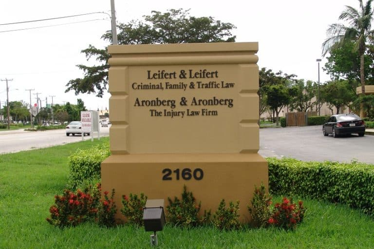 Traffic law sign